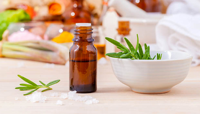 Les huiles essentielles à table