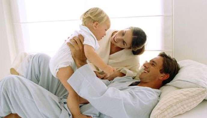 Co-sleeping : faut-il dire oui aux nuits avec bébé?